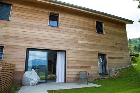 pose d un bardage en bois la m 233 thode pour isoler sa maison par l ext 233 rieur