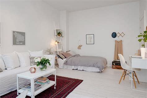 chambre a coucher en coin chambre salon aménagements astucieux pour petits espaces