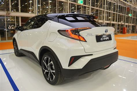 pics toyota ch  crossover spied testing