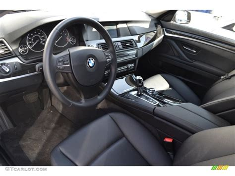 Black Interior 2018 Bmw 5 Series 528i Sedan Photo