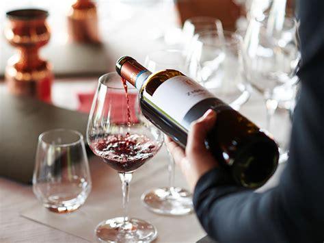 wine taste properly conde nast traveler