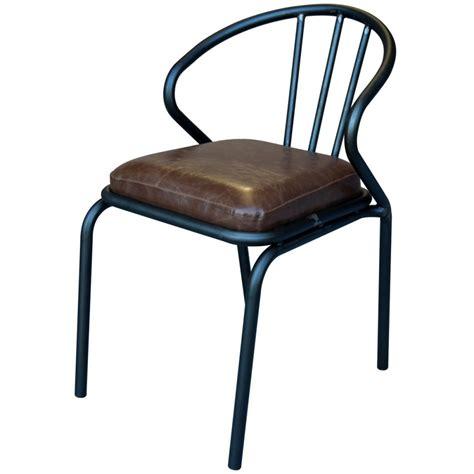 chaise cuir vintage chaise vintage métal simili cuir waldorf par drawer fr