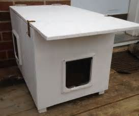outdoor cat house for winter 1000 images about feral cats on feral cats