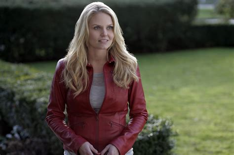 Emma S Solo On Once Upon A Time Musical Episode POPSUGAR
