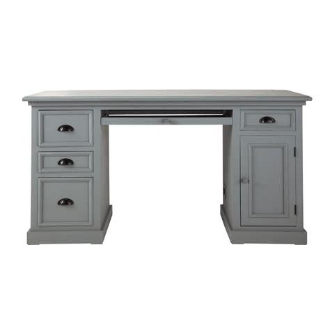 bureau 150 cm bureau en pin gris l 150 cm newport maisons du monde
