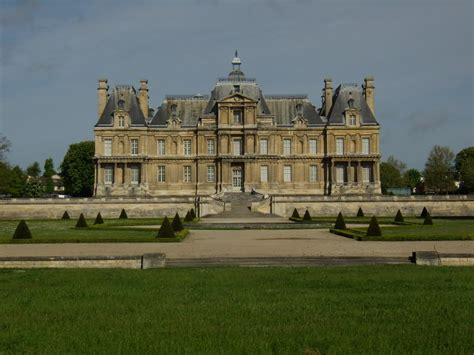 panoramio photo of chateau maison laffitte
