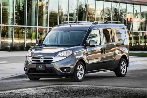 Best Electric Vans 2016 by Small Cer Vans The Top 4 Tiny Vans For Living The
