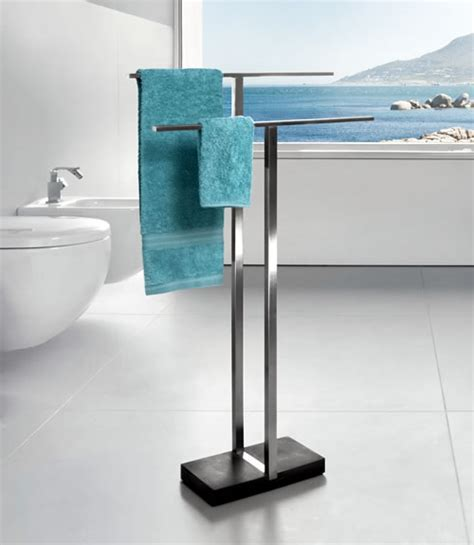 STORE   Duo Freestanding Towel Rail
