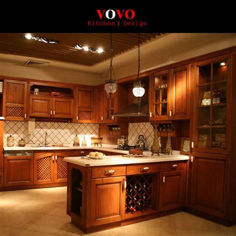 customiser cuisine en bois cuisine antiquités armoires de cuisine achetez des lots ã