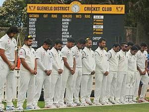 Indian cricket team's players observes silence as they pay ...