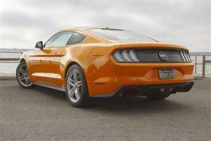 2019 Ford Mustang Gt Yellow