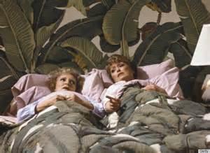 Bedroom Wallpaper From the Golden Girls