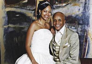 Doctor Khumalo assaults official who delivered divorce