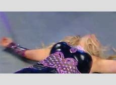 WWE's Natalya Suffered An Unfortunate Wardrobe Malfunction