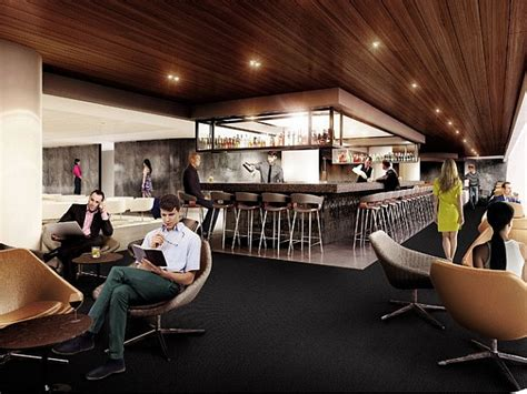 qantas enforces  dresscodes  underdressed lounge members