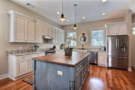 revetement adhesif meuble cuisine revetement adhesif pour meuble de cuisine maison design