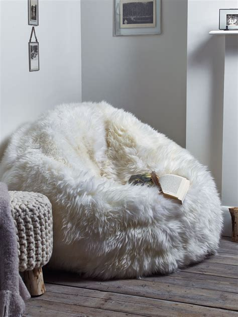 10 ways to decorate with a sheepskin rug