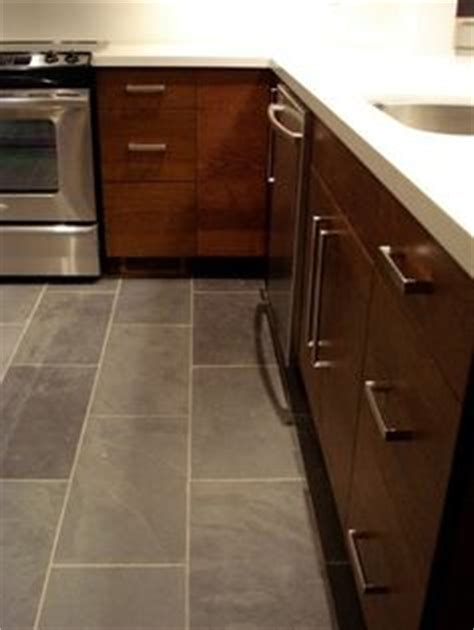 rectangular tiles kitchen 1000 ideas about slate tile floors on slate 1755