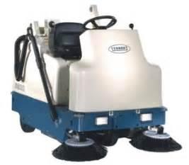 riding foor sweeper and floor scrubber rentals in windsor