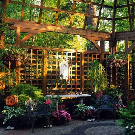 Mehr Privatsphaere Im Garten by Privatsph 228 Re Im Garten Holzkonstruktionen Und Z 228 Une