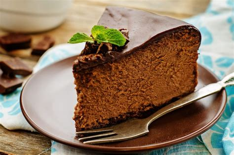 best chocolate desserts in the world this delectable mississippi mud pie will make your water