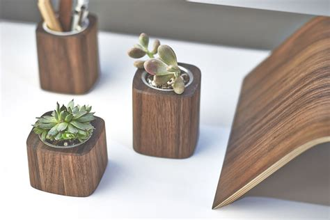 unique desk accessories 9 cool desk accessories for hey gents