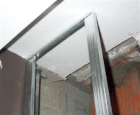 fixation rail placo plafond 28 images comment fixer facilement et rapidement un rail pour