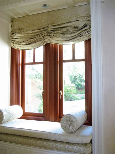 mahogany window  luxury home dynamic architectural