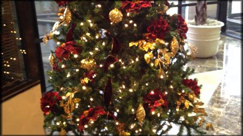 professionally decorate  christmas tree home decor