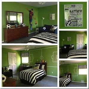 Deco Chambre Foot : une chambre de footballeur superlipos s ~ Dode.kayakingforconservation.com Idées de Décoration