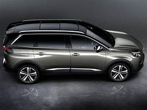 5008 Peugeot 7 Places : d couvrez le grand suv peugeot 5008 7 places gt ~ Medecine-chirurgie-esthetiques.com Avis de Voitures