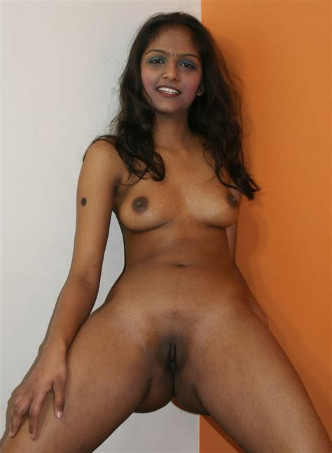Hot Desi College Girl Indian Teen Photos