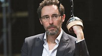 Classify an English actor Guy Henry