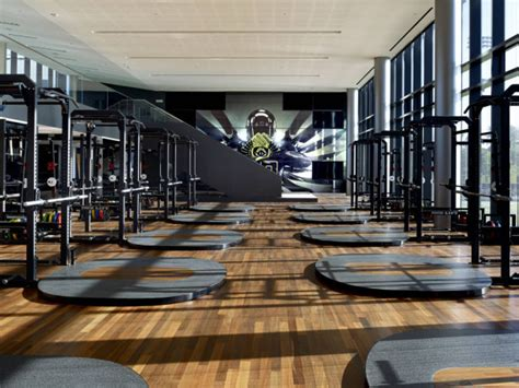 arms race   top weight rooms  college football