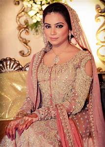 Best Pakistani Bridal Wedding Dresses for Walima Functions ...