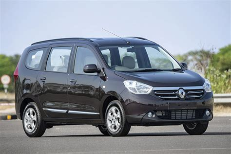 renault lodgy price renault lodgy prices slashed by up to rs 96 000