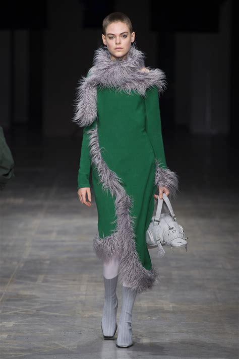angel chen fall  fashion show  impression