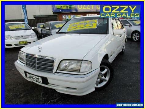 Er verfügt über eine, ich würde sagen Mercedes-benz C200 for Sale in Australia