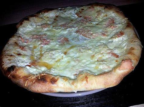 recette de pizza au saumon mozzarella et miel