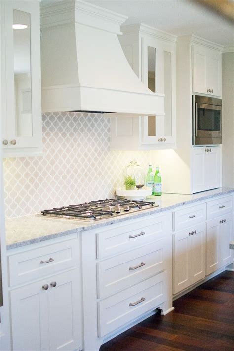 Kitchen Backsplashes With White Cabinets by 25 Best Collection Of White Kitchen Cabinets Backsplash Ideas