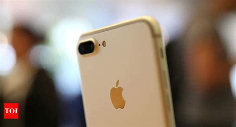 iphone battery price apple   cuts battery price