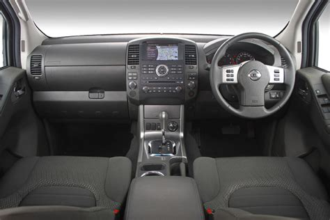 nissan navara 2008 interior sa roadtests mini test 2011 nissan navara 3 0 le diesel