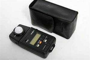 Minolta Auto Light Meter Iii With Case And Instruction Manual