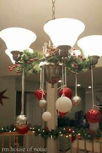 1000 ideas about Christmas Chandelier Decor on Pinterest