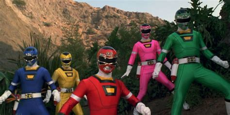 Every Power Rangers Suit Ever Created For Movies And ...