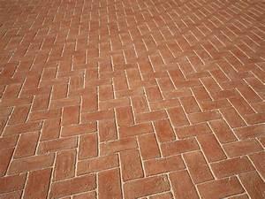 La pulizia delle superfici in cotto: come pulire un pavimento in cotto? Prodotti e metodo