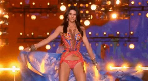 Bikini Fashion Show Kendall Jenner Gif By Victoria S Secret Fashion Show