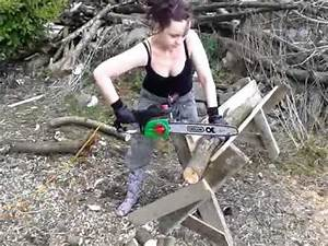 The best homemade chainsaw horse ever! - YouTube