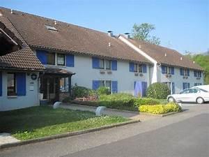 Hotel Saint Genis Pouilly : kyriad geneve saint genis pouilly saint genis pouilly france hotel reviews photos ~ Melissatoandfro.com Idées de Décoration