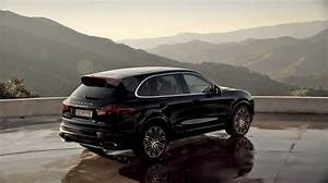 Cayenne Turbo S : the new cayenne turbo s above it all youtube ~ Medecine-chirurgie-esthetiques.com Avis de Voitures